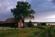 http://rangefinder.ru/glr/data/1966/thumbs/karelia_250_500Scan-150707-0016_copy1.jpg